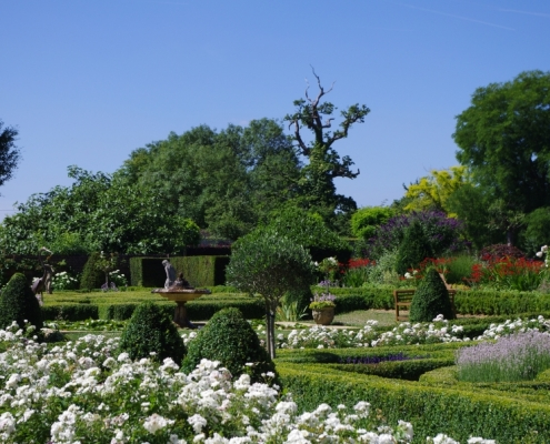 Mackerye End Gardens